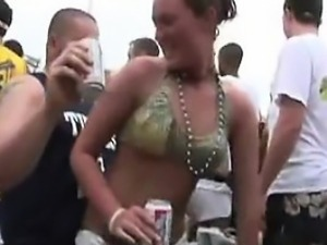Bikini sluts out of control in public