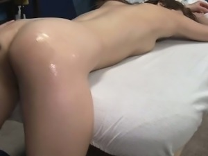 Adorable babe lengthy cockriding