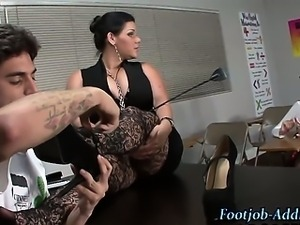 Domina urges foot worship and fuck