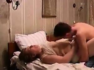 Russian Couple Make A Sex Tape