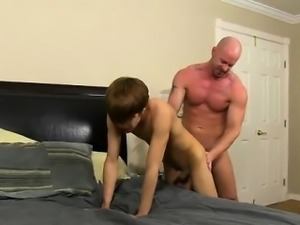 Sexy gay He calls the poor dude over to his house after hour