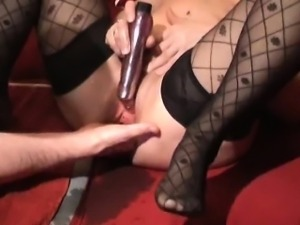 Extreme amateur wife fist fucked till she squirts