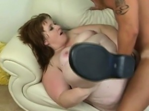 Nice oral sex from fattie