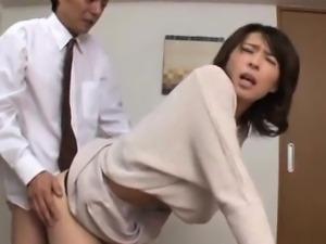 Hisae Yabe is watched sucking joystick