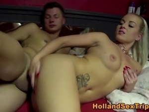 Euro whore sucks cock