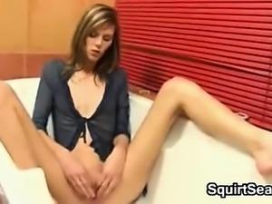 Skinny Teen Masturbating And Squirting