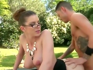 Big boobed Brooklyn Chase and her fuck buddy have a  great time having sex in...