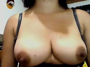 Beautiful Whore Shows off Her Tits