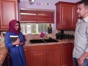 Brunette Muslim teen Ada fills her pussy with warm jizz