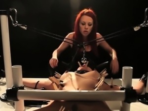 Gagged sub gets whipped