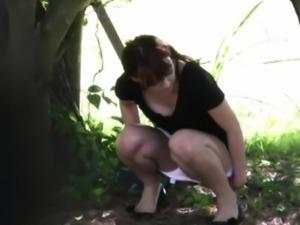 Fetish asians pee outside