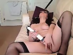 Teen big-tits play with vibrator and squirt