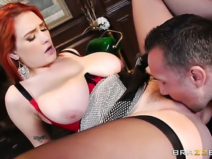 Keiran Lee touches the hottest parts of yummy Siris body before he drills her...