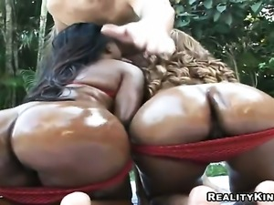 Sergio gets pleasure from fucking sexy bodied Tonyas throat