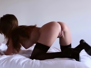 Beautiful babe Amber Sym in stockings