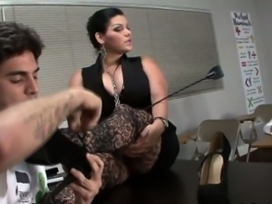 Domina wants footworship