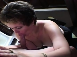 Chubby older couple give rimjobs and oral to one another