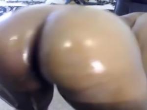 Irresistible booty african twerk queen Kenya