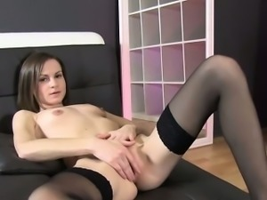 New Solo Euro Girl Suzanna