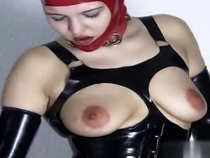 Sexy girlfriend cum drinking