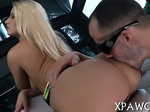 Attractive babe does her best to acquire cream