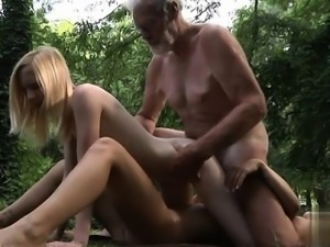 Glamour pussy brutal sex