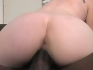 Blonde prego babe Hydii May fucks a big black cock
