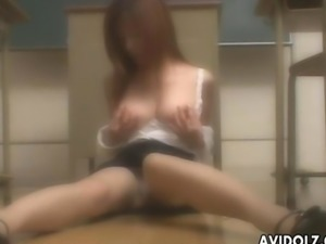 Brunette Asian has an itch to rub her wet cunt hard