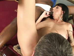 Sean Michaels gets pleasure from fucking ultra hot Jimmy Broadways mouth