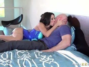 guy gets seduced by horny brunette maid