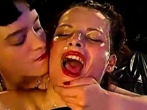 German bukkake sluts swallowing cum from group of guys