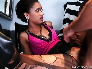 Skin Diamond shows off her diamond skin