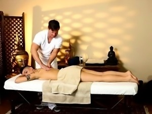 Pretty babe Rachael Madori gets pounded by her masseur