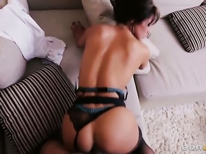 Latina Milf Esperanza takes it in the ass