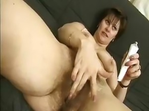 Hairy middle-aged woman Vicky tries to stay true to her sexual preferences