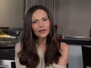 Charming long haired brunette Subil Arch gets interviewed for the funs after...