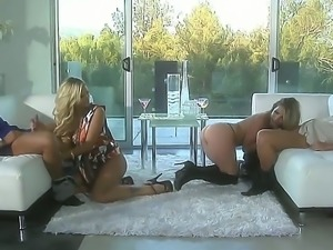 Courtney Cummz and Jessica Drake bring their dates together so they could...