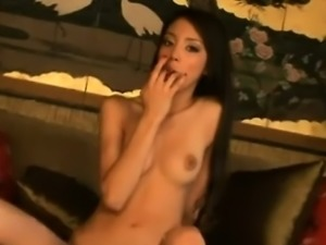 Alexis Love Making Her Pussy Dripping Wet