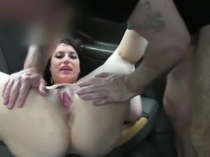 Faketaxi fan tastes the drivers big cock