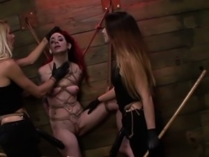 Lezdom domina pounds cunt