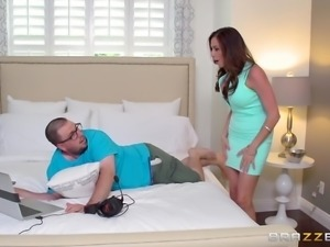 hot ariella gets horny