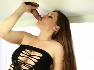 Handjob and exclusive blowjob of massager babe milking dick