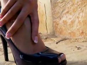 Kortney\'s Slender Feet