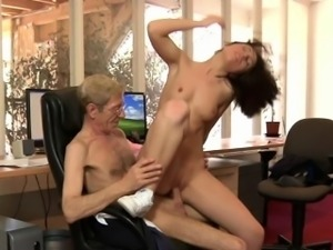 Crusty grandpa boss fucks his 20 yo secretary