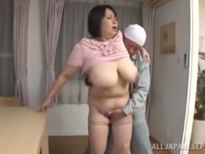 huge japanese milf gets figered