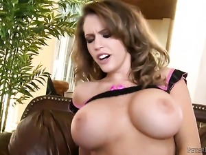 Jenna Presley cant live a day without getting her mouth fucked by hard dicked...