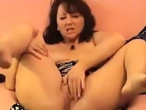 Thick Mature Webcam Slut
