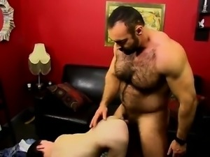 Russian men gay sex He bangs the boy stiff and makes sure he