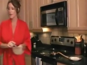 3643967 breakfast teasing mom in kitchen free