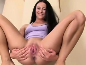 Gap her gyno pussy really hard